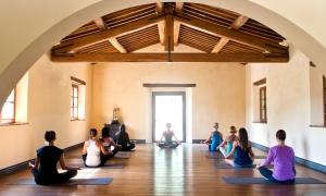 Yoga-Tuscany-800x480[1]